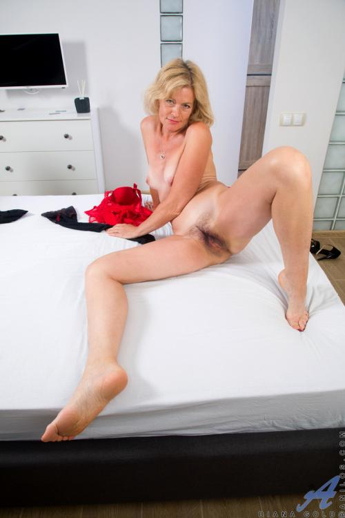 Diana Gold Lingerie Fine Sexy Photos Of Hairy Pussys