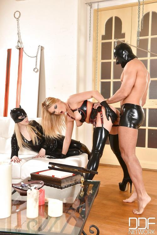 Lucy Heart And Nesty Best Latex Sex Pale Blonde Pussy