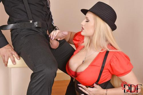 Angel Wicky Youporn Big Cocks Muscle Lesbians Eating Pussy
