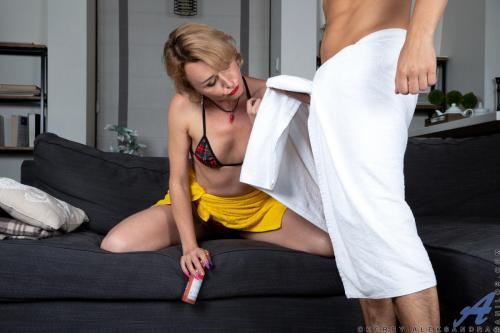 Cherry Aleksandra lotion for anal lube pornstars with short hair