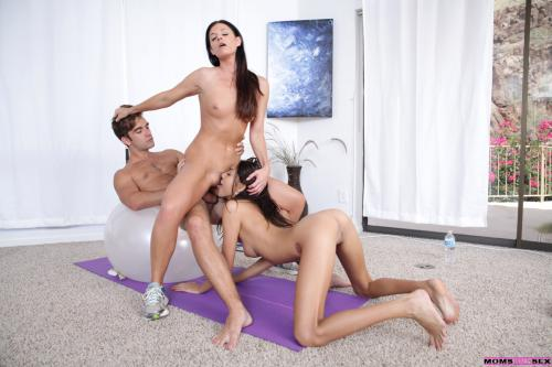 India Summer and Janice Griffith long hair blowjob long haired pussys squirting