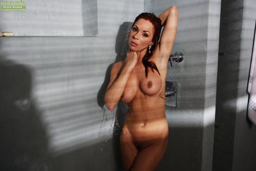 Kirsten Price hot sexy naked milf chubby brunette pussy