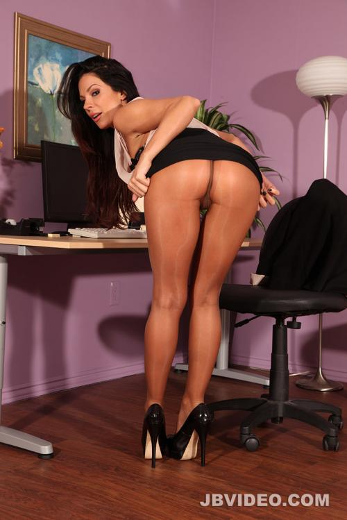 Kirsten Price pierced tits porn clothed woman nude man