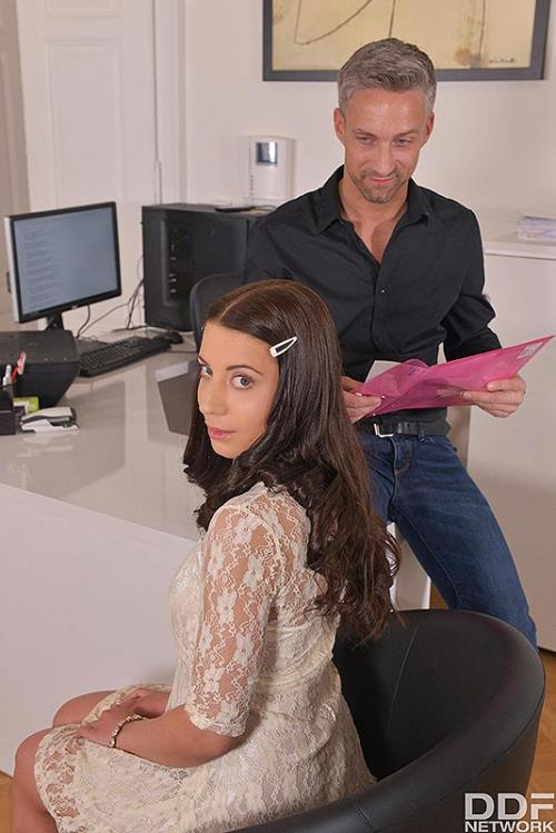 Therese Bizarre and Lutro xxx ugly ass pics hot office women